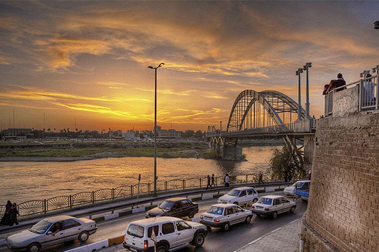 سفید از کنار 1 - رود كارون اهواز ، پرآبترین و بزرگترین رودخانه ایران | Ahvaz