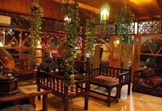 9399edaccbcf18242b827874bbb76e70 xxx 1 320x220 - بهترین رستوران های اهواز (قسمت ۲) | Ahvaz