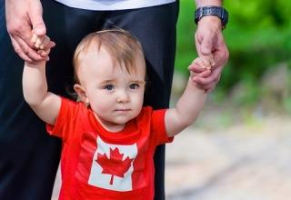 اقامت کانادا از طریق تولد فرزند