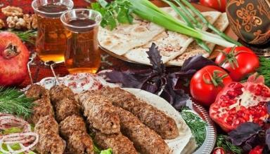 AZERBAIJANI CUISINE11 1 384x220 - بهترین غذاهای محلی کشور آذربایجان | Azerbaijan