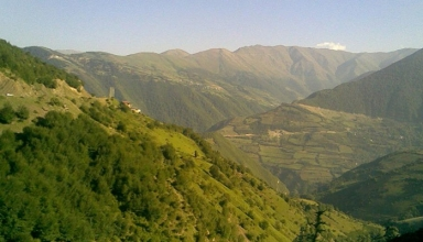 1 77 384x220 - روستای هنزا ، طبیعتی زیبا در رابر کرمان | Hanza