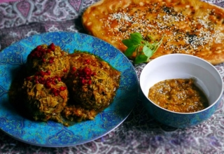 169ad195 7eda 4923 8a54 094689ec6c3e 320x220 - غذاها و خوراکی های محلی یزد | Yazd