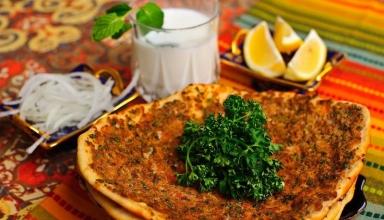403bda5c 8a8e 413d 8eab 0f448055a286 1 384x220 - غذاهای محلی ارمنستان ( قسمت دوم) | Armenia