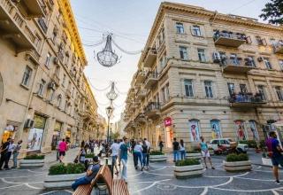 Nizami Street 3 e1583335896774 320x220 - خیابان نظامی باکو ، خیابانی مخصوص خرید | Baku