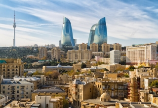 shutterstock 544217959 320x220 - راهنمای سفر زمینی به باکو ، آذربایجان | Baku