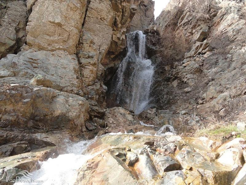 آبشار چهرن رابر