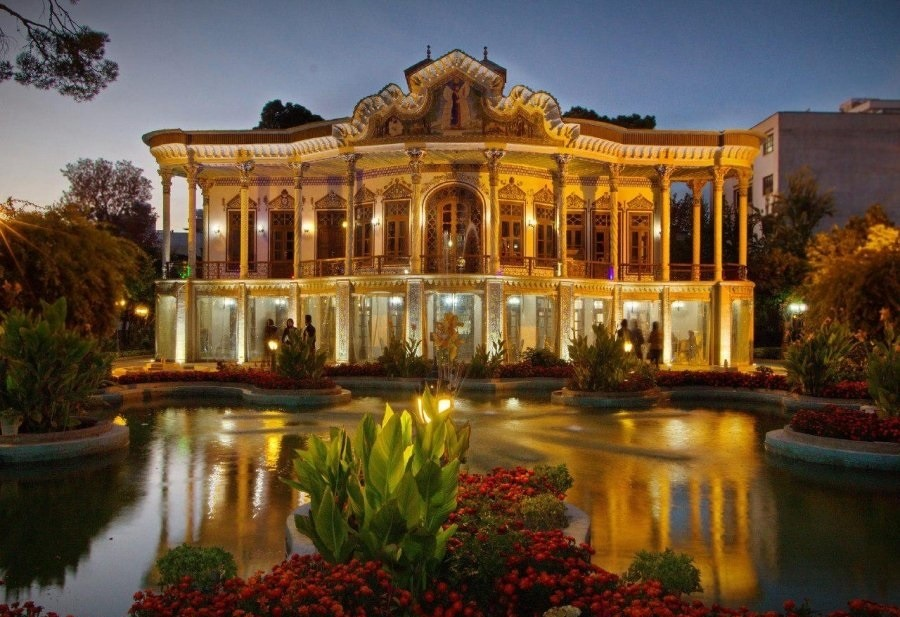 عمارت شاپوری شیراز