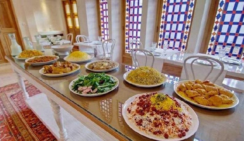 هتل خانه منوچهری کاشان