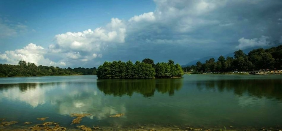 دریاچه سد آویدر - Photo: Farid Sharifian