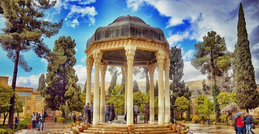 معروف ترین آرامگاه های شیراز