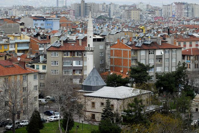 تربت و مسجد شمس تبریزی - Photo: www.mustafacambaz.com
