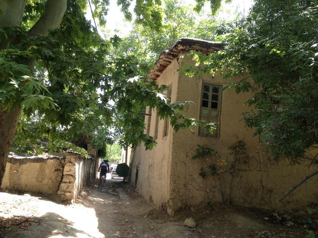 روستای کمرد