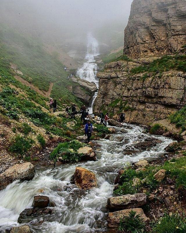 آبشار و دشت دریوک