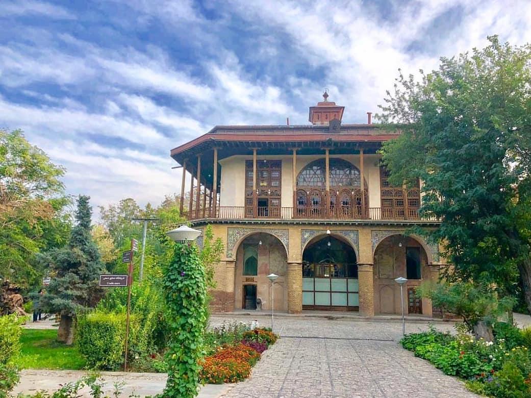 کاخ چهلستون قزوین