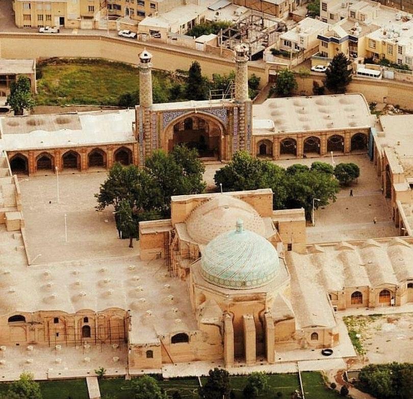 مسجد جامع قزوین - عکس از: @beautiful.worldpage
