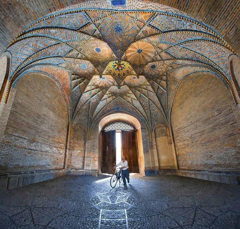 مسجد جامع قزوین - عکس از: Iman Nabavi