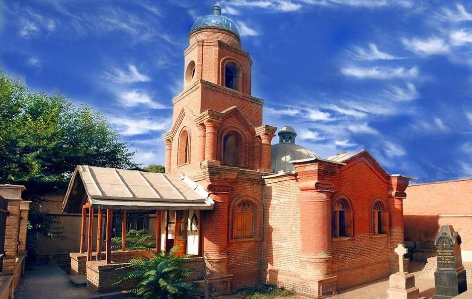 کلیسای کانتور قزوین - عکس از: Reza Hajipour